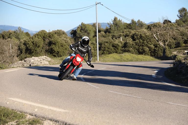 virage en moto