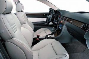 L'habitacle d'une Audi RS6 C5
